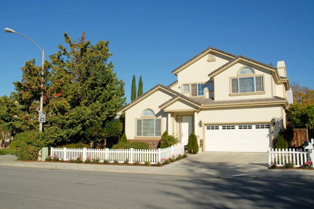 Interest Rates Are At Historical Lows – Should You Refinance Your Home?